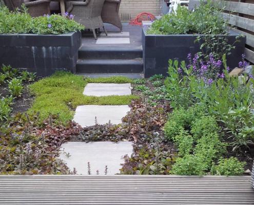 Aanleg kleine tuin Rhenen