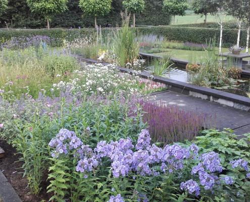 Aangelegde tuin in Wageningen